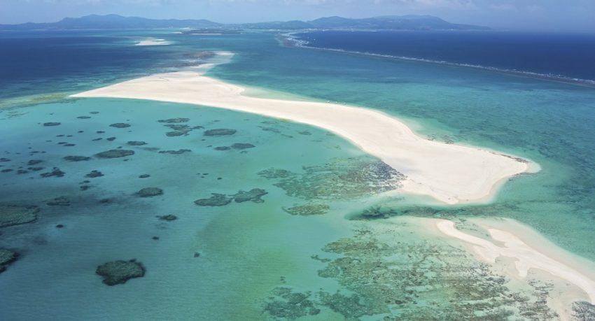 久米島・ハテの浜